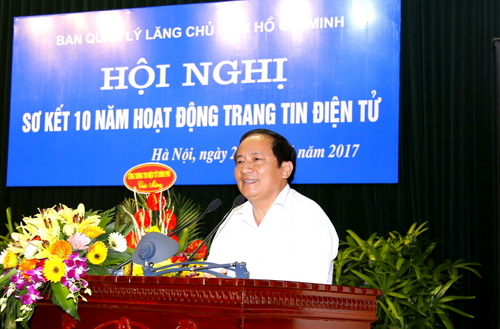 Trung tướng Đặng Nam Điền, nguyên Chính ủy Bộ Tư lệnh Bảo vệ Lăng Chủ tịch Hồ Chí Minh phát biểu tại Hội nghị