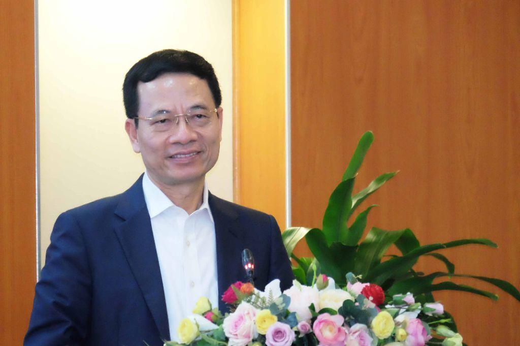 Nguyễn Mạnh Hùng Bộ trưởng bộ TTTT